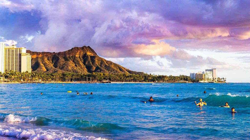 Waikiki beach facing diamond head and ocean on Oahu